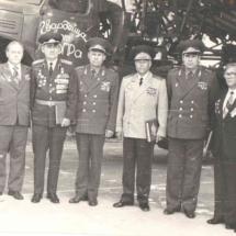 Ветераны 92 ГМП у Боевого Знамени